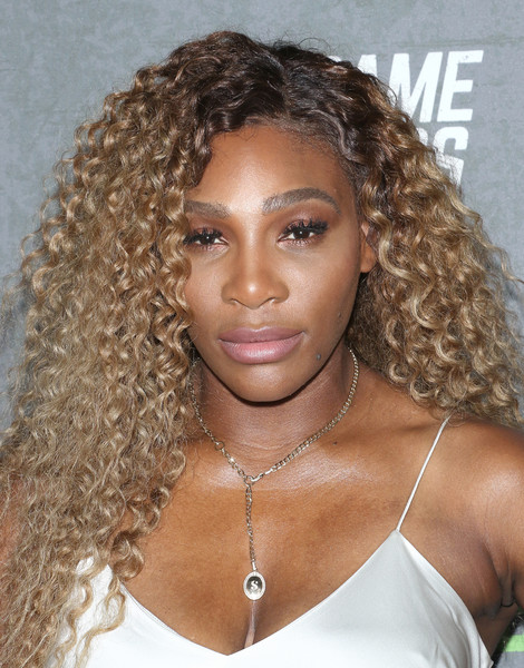 Serena Williams Long Curls [the game changers,hair,hairstyle,eyebrow,blond,ringlet,beauty,long hair,lip,jheri curl,black hair,serena williams,athlete,husband,hair,tennis,hair,hairstyle,new york,new york premiere,serena williams,tennis,williams sisters,daughter,womens tennis association,tennis player,athlete,husband]