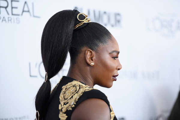 Serena Williams Ponytail [hair,hairstyle,beauty,fashion,black hair,long hair,street fashion,lip,human,bun,arrivals,women of the year awards,serena williams,brooklyn,new york,kings theatre,glamour,glamour celebrates 2017 women of the year awards]