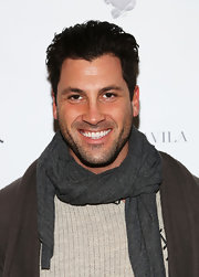 Maksim Chmerkovskiy braved the cold in a knit scarf during Fashion Week.