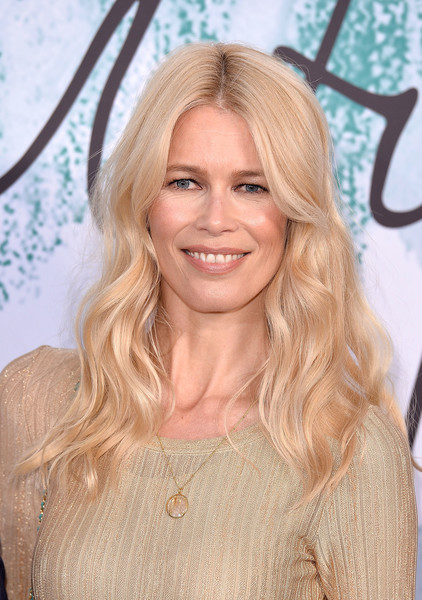 Claudia Schiffer wore her hair in soft, center-parted waves at the Serpentine Galleries Summer Party.
