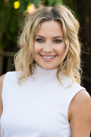 Kate Hudson styled her tresses with messy-glam waves for the Serpentine Gallery Summer Party.