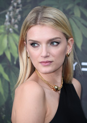 Lily Donaldson wore her hair straight with an off-center part at the Serpentine Summer Party.