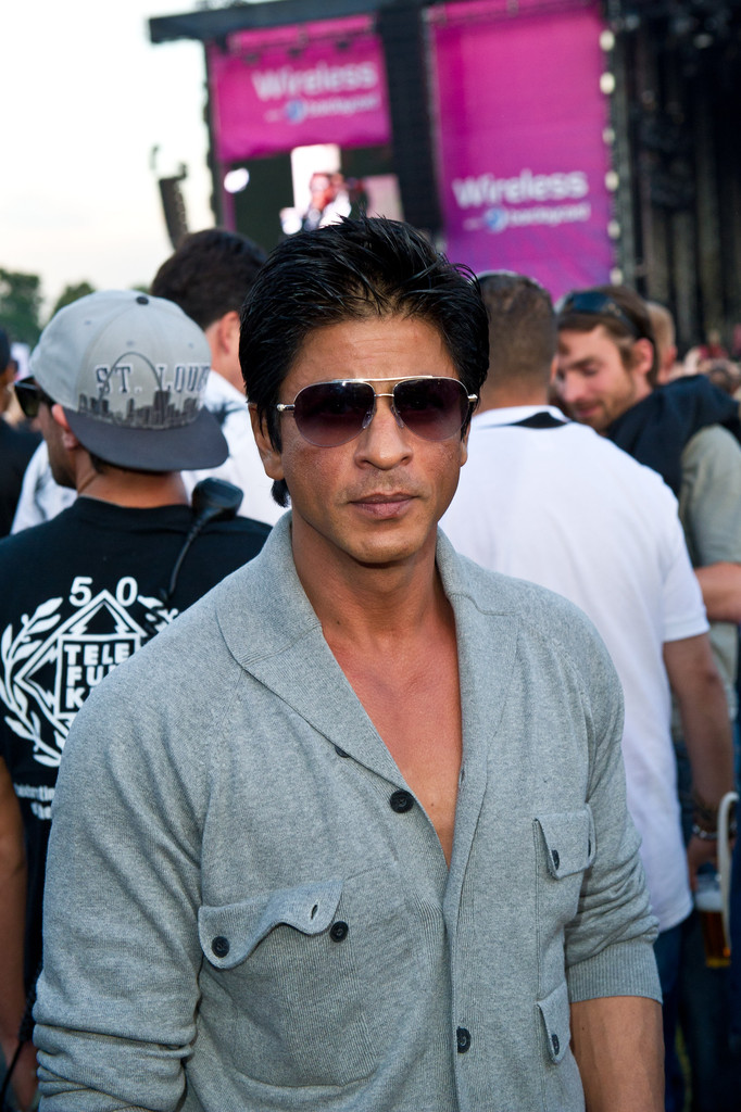 39732a060a1 Shahrukh Khan accentuated his good looks with a pair of aviators at the  Wireless by Barclaycard. Aviator Sunglasses