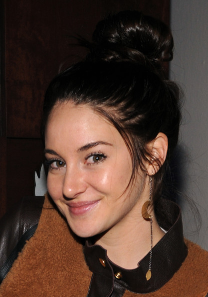 Shailene Woodley Dangle Decorative Earrings
