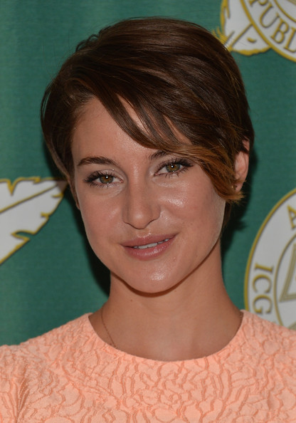 Shailene Woodley Short Side Part [hair,face,hairstyle,eyebrow,chin,forehead,head,brown hair,lip,blond,shailene woodley,regent beverly wilshire hotel,beverly hills,california,international cinematographers guild,iatse local 600 presents the 51st annual publicists awards luncheon]