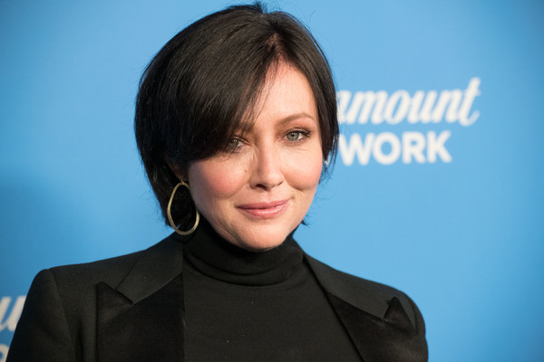 Shannen Doherty Bob [hair,face,hairstyle,spokesperson,chin,white-collar worker,cheek,forehead,businessperson,television presenter,arrivals,shannen doherty,sunset tower,los angeles,california,paramount network launch party]