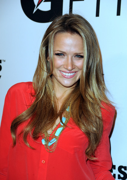 Long Center Part Hairstyles, Long Hairstyle 2011, Hairstyle 2011, New Long Hairstyle 2011, Celebrity Long Hairstyles 2263