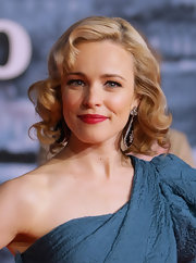 Rachel McAdams added a classic touch to her look with ravishing red lipstick.