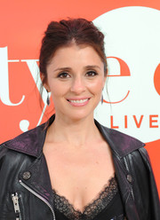 Shiri Appleby appeared on Amazon's 'Style Code Live' wearing her hair in a messy updo.