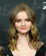 Kerris Dorsey looked picture-perfect with her sweet wavy 'do at the 'Ray Donovan' season 4 FYC event.