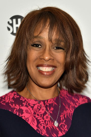 Gayle King attended the premiere of 'Billions' wearing a trendy layered razor cut.
