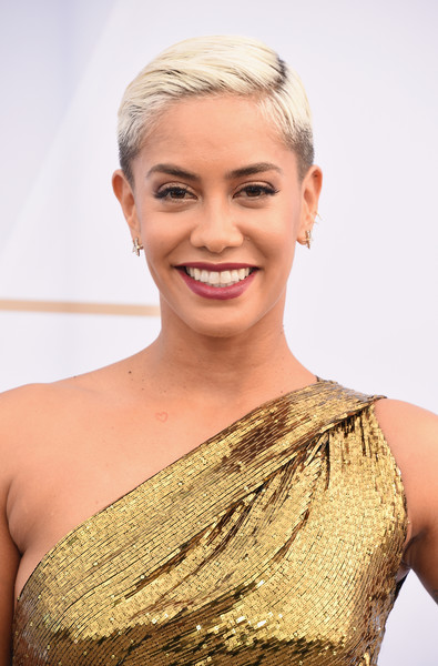Sibley Scoles Boy Cut [hair,face,blond,skin,eyebrow,hairstyle,shoulder,beauty,chin,head,arrivals,sibley scoles,screen actors guild awards,screen actors\u00e2 guild awards,the shrine auditorium,los angeles,california]