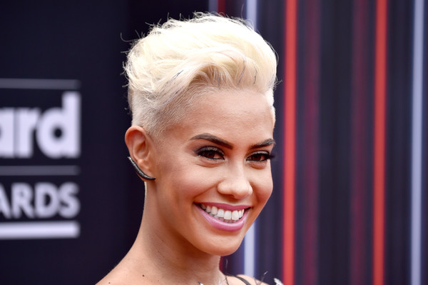 Sibley Scoles Fauxhawk [hair,face,hairstyle,eyebrow,facial expression,blond,chin,beauty,head,forehead,arrivals,sibley scoles,billboard music awards,tv personality,mgm grand garden arena,las vegas,nevada]