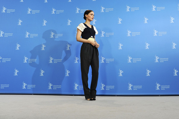 More Pics of Rooney Mara Fitted Blouse (5 of 61) - Tops Lookbook - StyleBistro []
