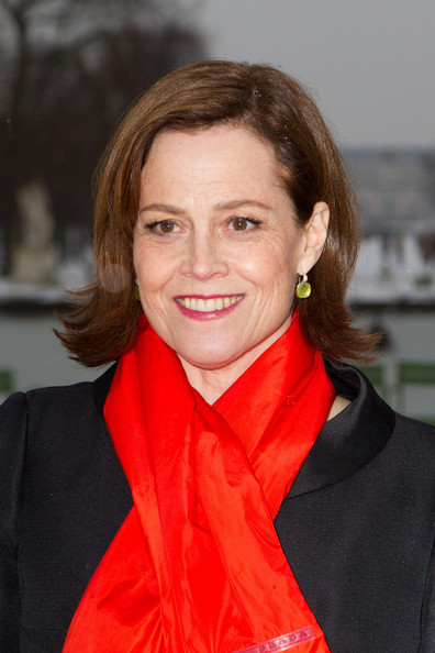 Sigourney Weaver Bob [beauty,lady,hairstyle,chin,smile,girl,neck,brown hair,long hair,flooring,sigourney weaver,christian dior: outside arrivals,couture spring,hair,hair,hairstyle,part,brown hair,paris fashion week,show,sigourney weaver,ghostbusters,margaret matheson,hairstyle,actor,woman,short hair,image,hair]