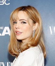 Melissa George looked cute and youthful with her wispy bangs and wavy ends at the premiere of 'The Slap.'
