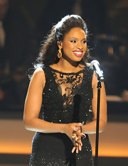 Jennifer Hudson performed at the opening of the Smith Center for the Performing Arts wearing a pair of 20-carat antiquity earrings with red jasper slices and rose cut diamonds.