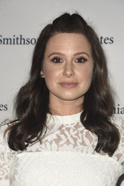 Katie Lowes attended the 'Scandal-ous!' event wearing this cute half-up 'do.