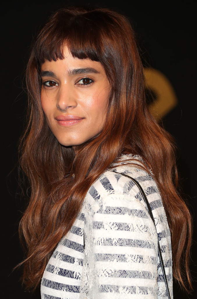 Sofia Boutella Long Wavy Cut with Bangs - Long Wavy Cut ...