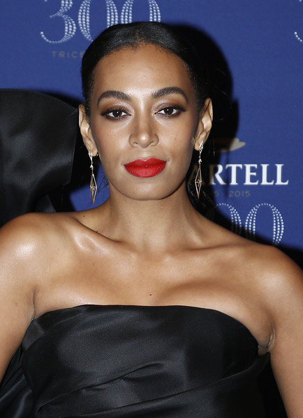 Solange Knowles Red Lipstick [hair,face,lip,eyebrow,hairstyle,beauty,skin,chin,forehead,black hair,martell cognac celebrates its,red carpet arrivals,solange knowles,anniversary,event,palace of versailles,versailles,france]