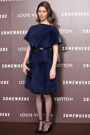 Sofia was donned a furry blue cocktail dress with a leather belt and sleeve insets for this avant-garde style at the 'Somewhere' premiere.