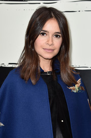 Miroslava Duma didn't need much more than this casual center-parted 'do to look super cute at the Sonia Rykiel show.