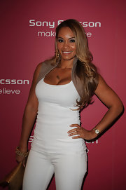Basketball Wives reality star Evelyn Lozada shows off her long layered locks at a Sony Ericsson party.
