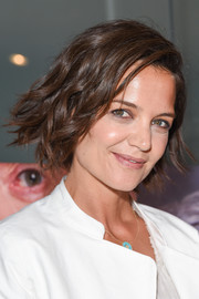 Katie Holmes looked adorable with her anime-inspired waves at the premiere of 'The Wife.'