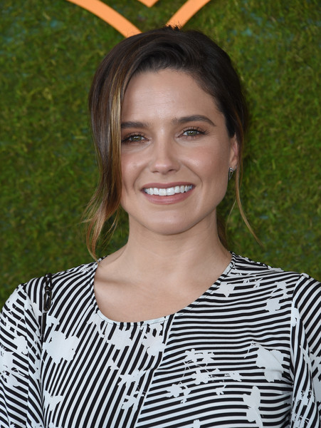 Sophia Bush Ponytail [photo,hair,beauty,human hair color,hairstyle,eyebrow,smile,shoulder,blond,black hair,long hair,arrivals,sophia bush,chris delmas,will rogers state historic park,pacific palisades,veuve clicquot polo classic]