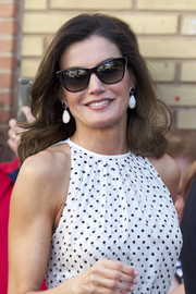 Queen Letizia of Spain looked ladylike wearing this curly 'do at the 210th anniversary of the Bailen Battle.