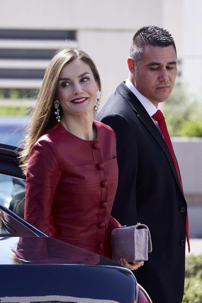 More Pics of Queen Letizia of Spain Leather Clutch (1 of 11) - Queen Letizia of Spain Lookbook - StyleBistro