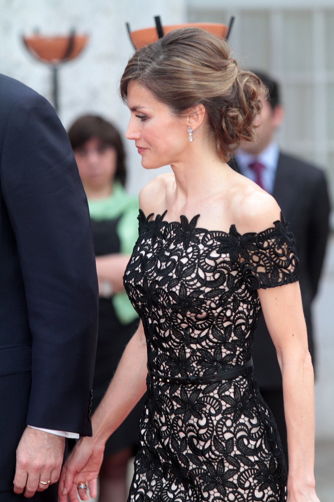 More Pics Of Queen Letizia Of Spain Bobby Pinned Updo 11 Of 42