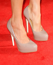 Maggie Q kept it simple yet classic with nude platform pumps at the special screening of 'The September Issue.'