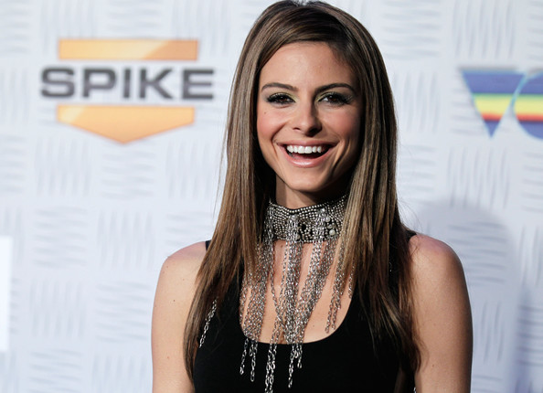 More Pics of Maria Menounos Sterling Choker Necklace (1 of 25) - Sterling Choker Necklace Lookbook - StyleBistro