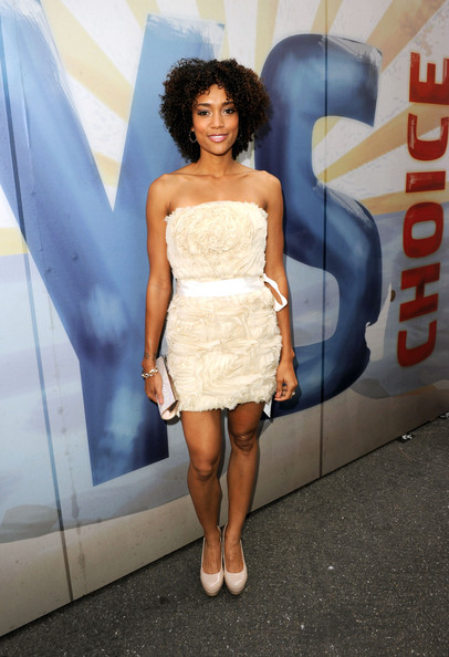 More Pics of Annie Ilonzeh Hard Case Clutch (5 of 7) - Annie Ilonzeh Lookbook - StyleBistro