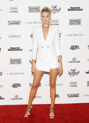 Kelly Rohrbach looked sexy in a suit at the Sports Illustrated Swimsuit 2016 celebration.
