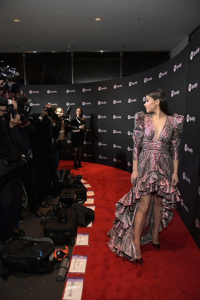 More Pics of Hailee Steinfeld Fishtail Dress (1 of 14) - Dresses & Skirts Lookbook - StyleBistro [best new artist 2019,red carpet,fashion,carpet,flooring,fashion design,haute couture,event,dress,footwear,runway,spotify,hailee steinfeld,california,los angeles,hammer museum,red carpet,event]