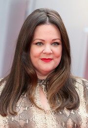 Melissa McCarthy went for a retro look with this center-parted hairstyle with a teased crown during the UK premiere of 'Spy.'