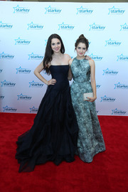 Vanessa Marano looked exquisite in a Leanne Marshall dress on the red carpet.