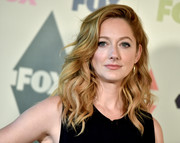 Judy Greer looked fabulous with her voluminous waves at the Fox All-Star Party.