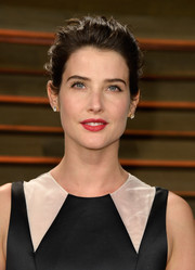 Cobie Smulders swept her hair back into a messy-sexy 'do for the Vanity Fair Oscar party.