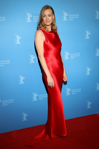 Yvonne Strahovski looked elegant in a red satin column dress by Etro at the Berlinale premiere of 'Stateless.'