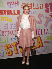 Kate Hudson rounded out her look with white ankle-strap sandals, also by Stella McCartney.