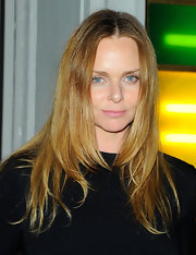 Stella McCartney wore her shiny hair casually down at her store opening in Soho