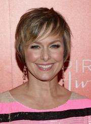 Melora Hardin wore her hair in a short bob with wispy bangs at the 2016 Inspiration Awards.