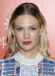January Jones' raspberry lippy made a gorgeous contrast to her blue eyes.