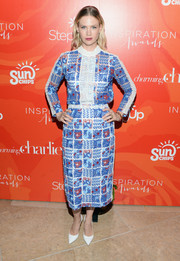 January Jones charmed at the Inspiration Awards in a patchwork lace dress by Disaya.