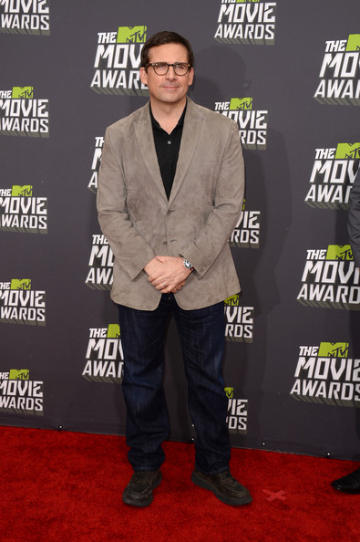 Steve Carell Suede Jacket [carpet,red carpet,suit,premiere,outerwear,event,flooring,fictional character,formal wear,blazer,arrivals,steve carell,mtv movie awards,culver city,california,sony pictures studios,2013 mtv movie awards]