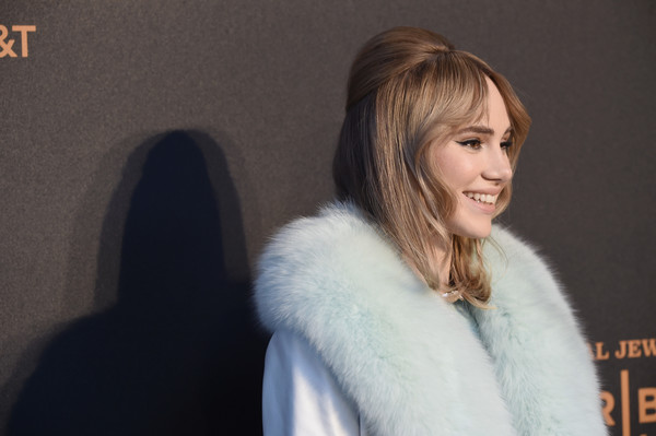 Suki Waterhouse Half Up Half Down