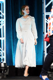 Sarah Paulson kept it simple and conservative in a long-sleeve white midi dress by Co at the Summer 2018 TCA Press Tour.